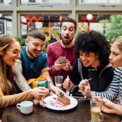 Modern háztartás - online találkozók