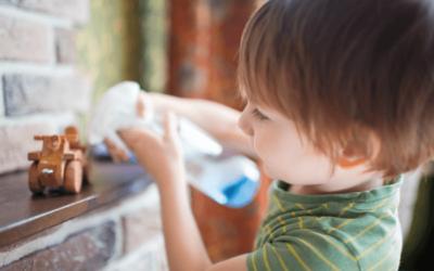 Gyerekjátékok tisztítása bababarát módszerrel